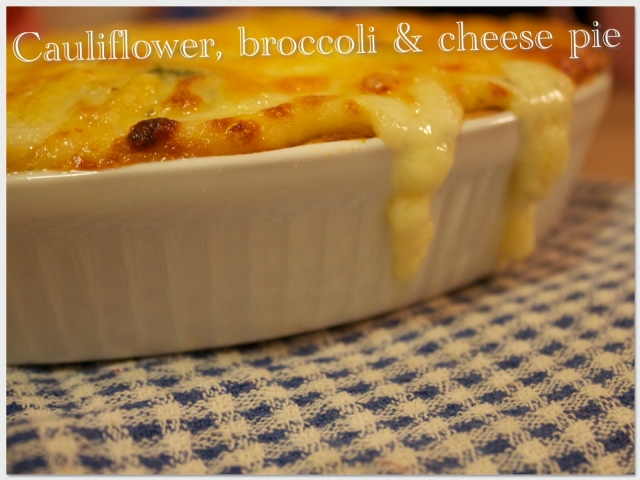 Cauliflower, broccoli and cheese pie | My Bloggable Day